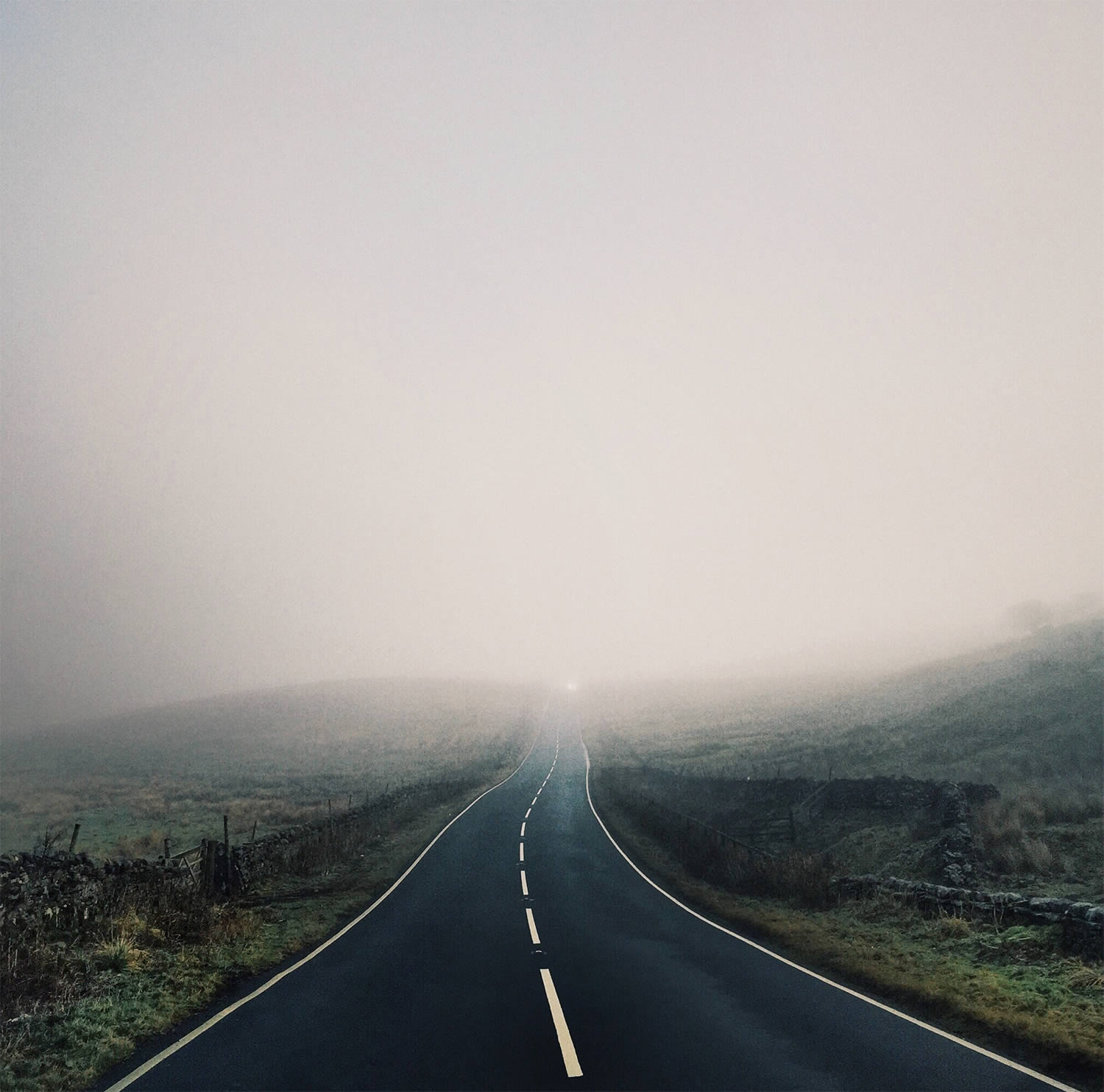 isolated road, photo by Reuben Wu