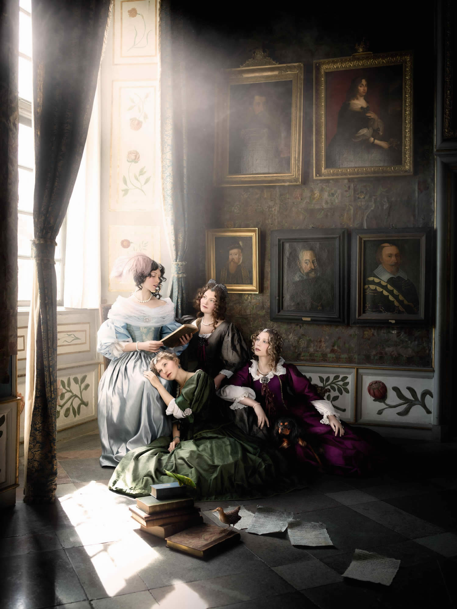 three women sitting baroque era, alexia sinclair
