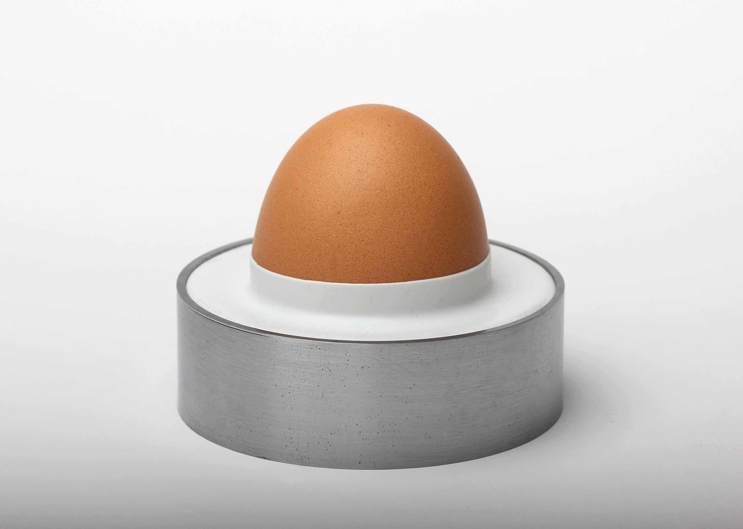 one size fits all egg holder by james stoklund