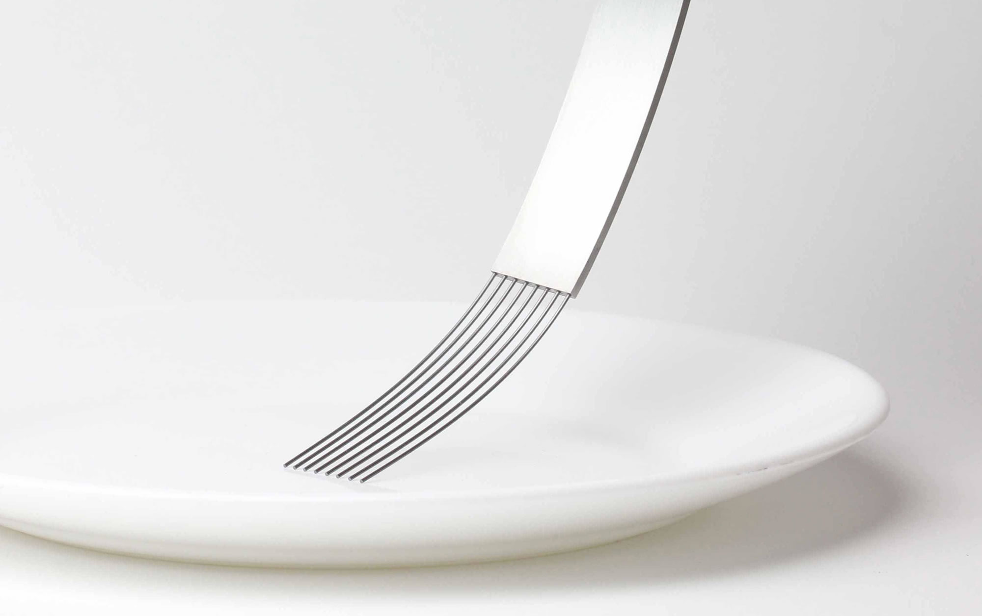 Flexible Fork and Other Ultra-Modern Tableware by James Stoklund