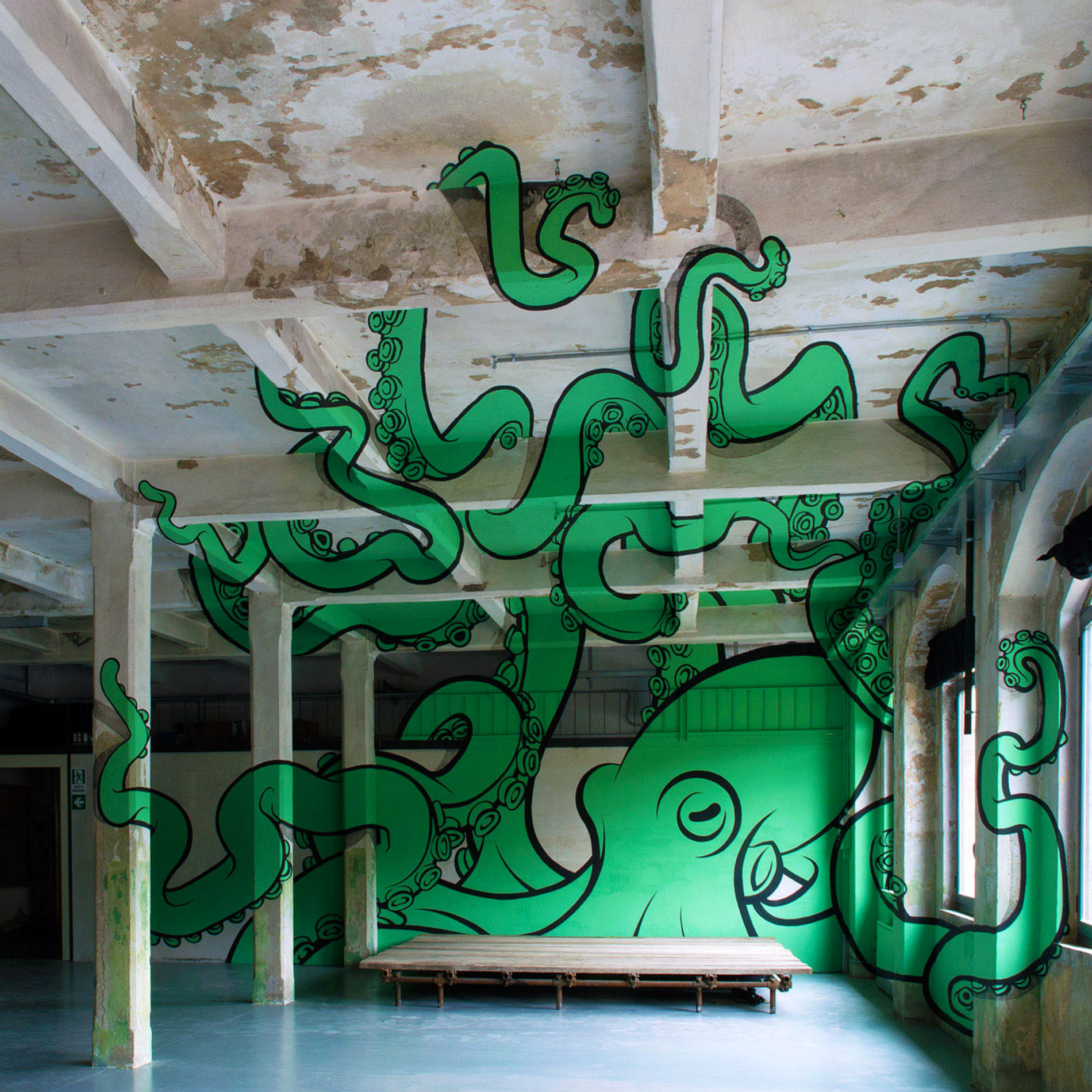 Giant Octopus: Anamorphic Graffiti by Truly Design