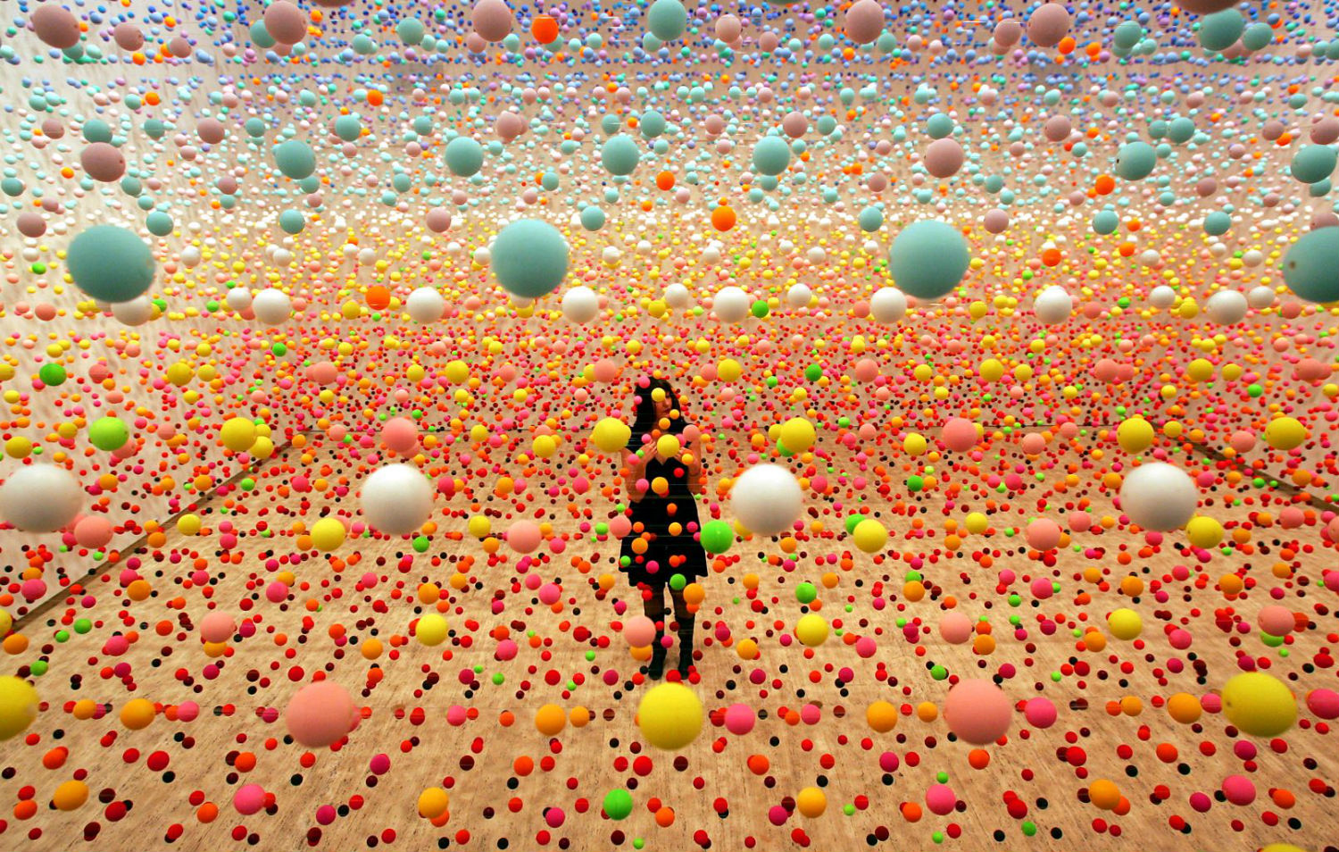 nike savvas australian artist coloured balls op art