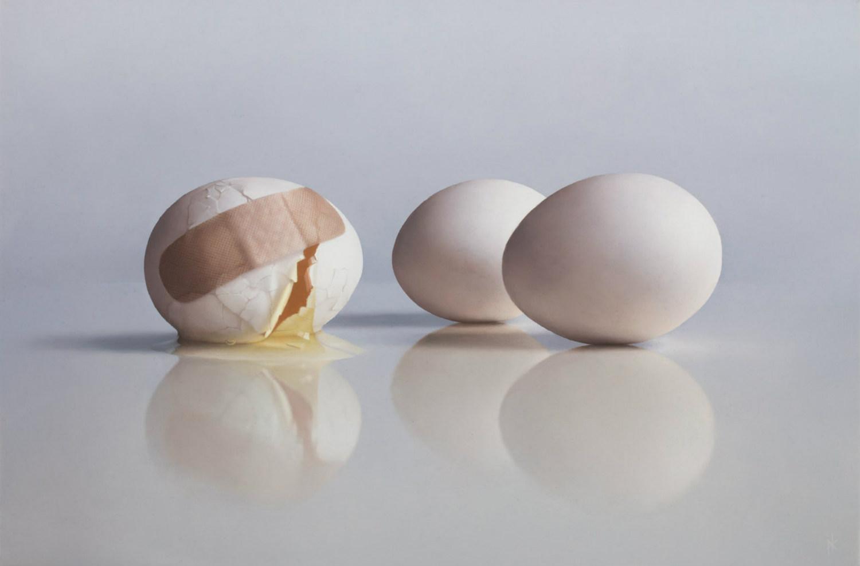 patrick kramer hyperrealist paintings eggs bandages