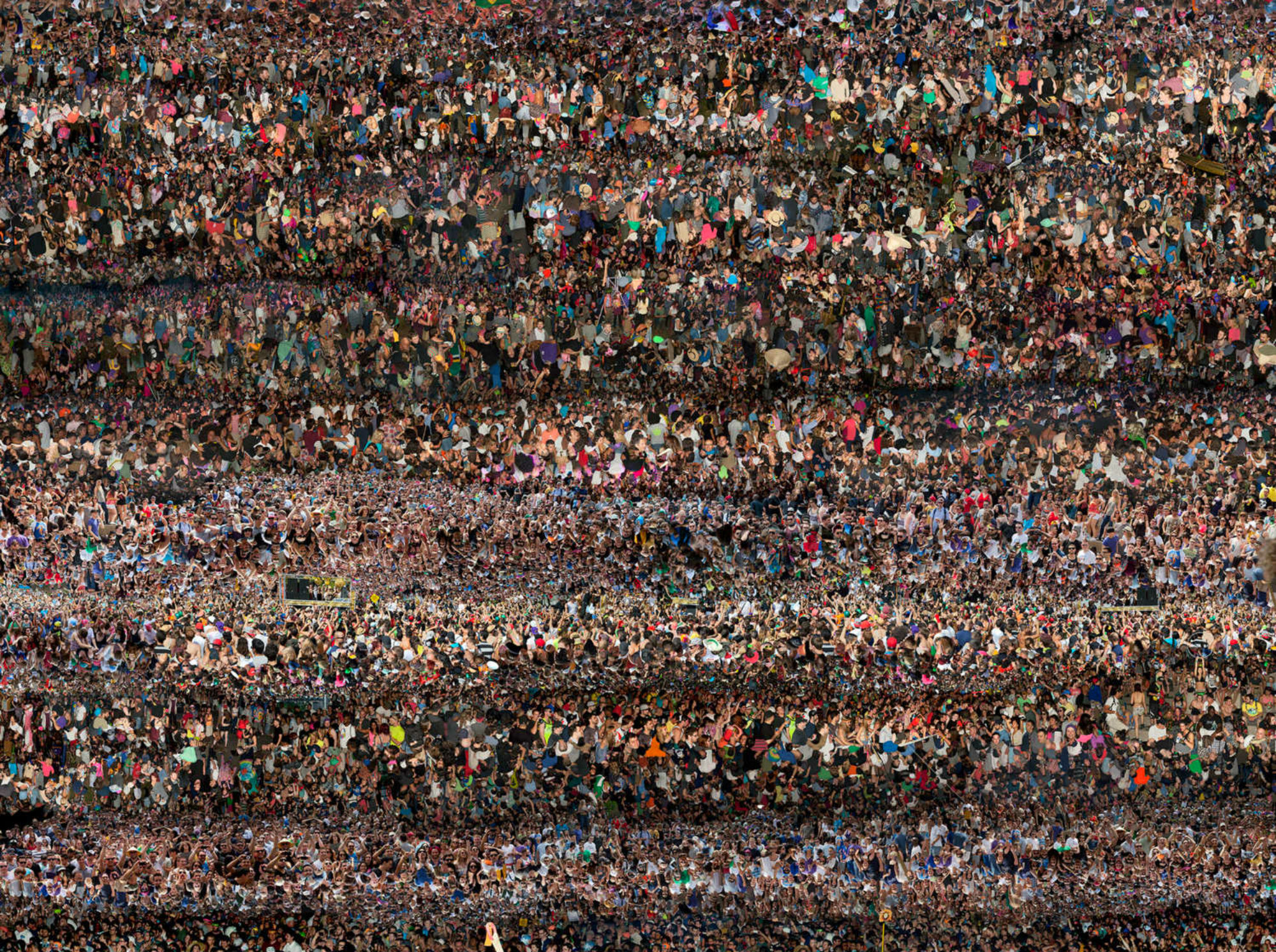 Incredible Photos of Masses of Concertgoers at EDM Festivals