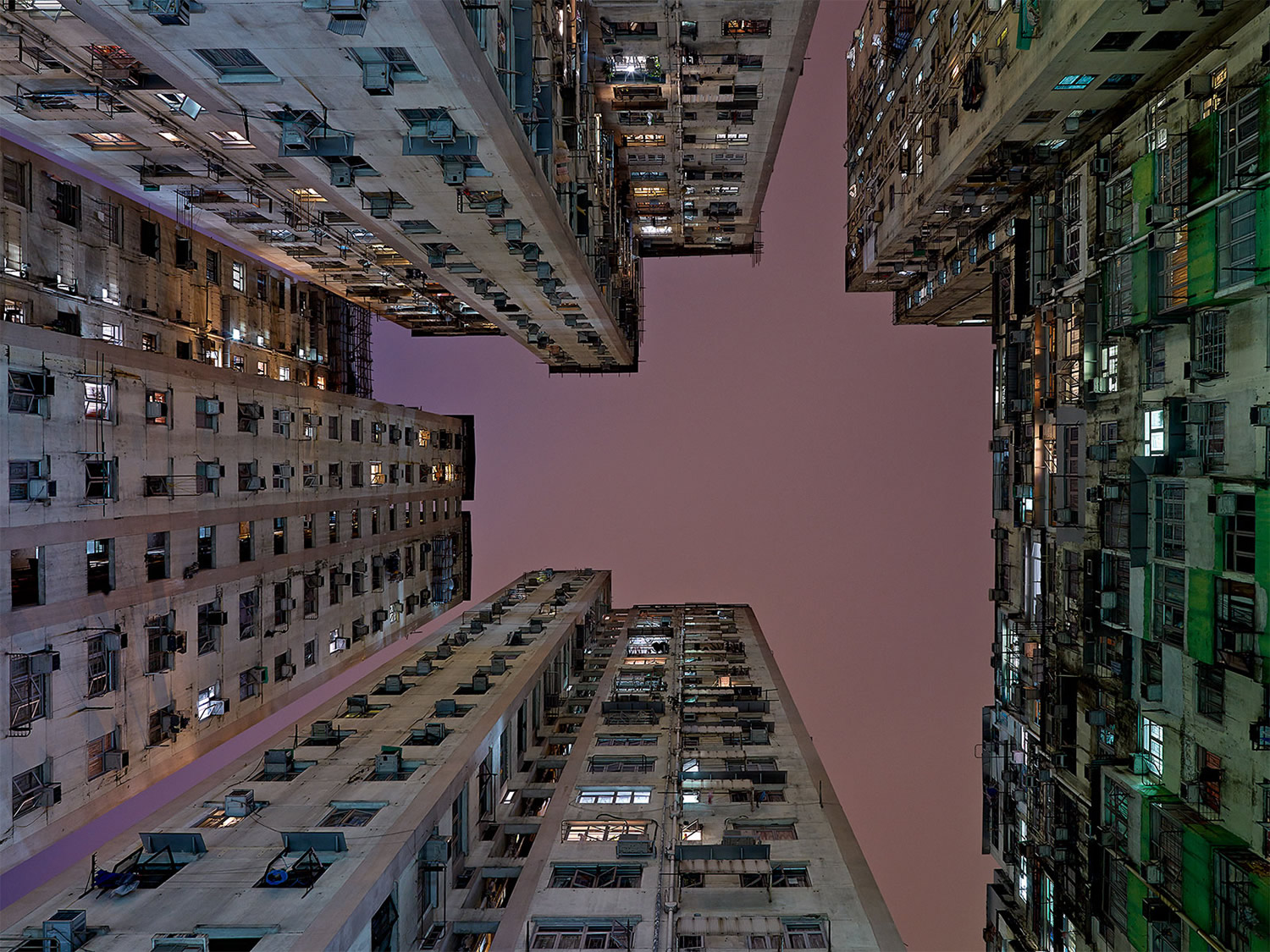 hans wilschut disorienting architectural photograph purple and orange sky
