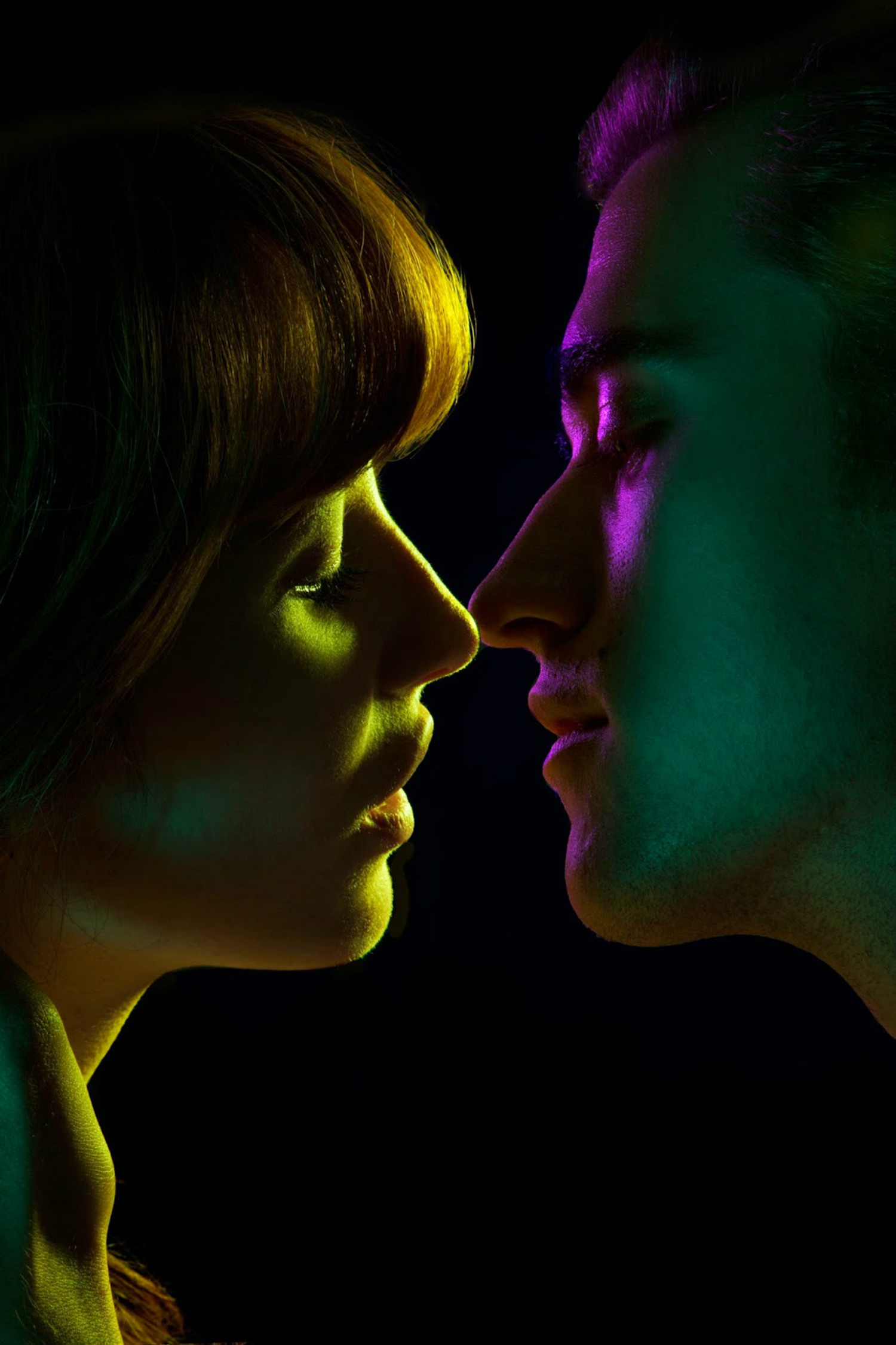maggie west photography kiss neon colour
