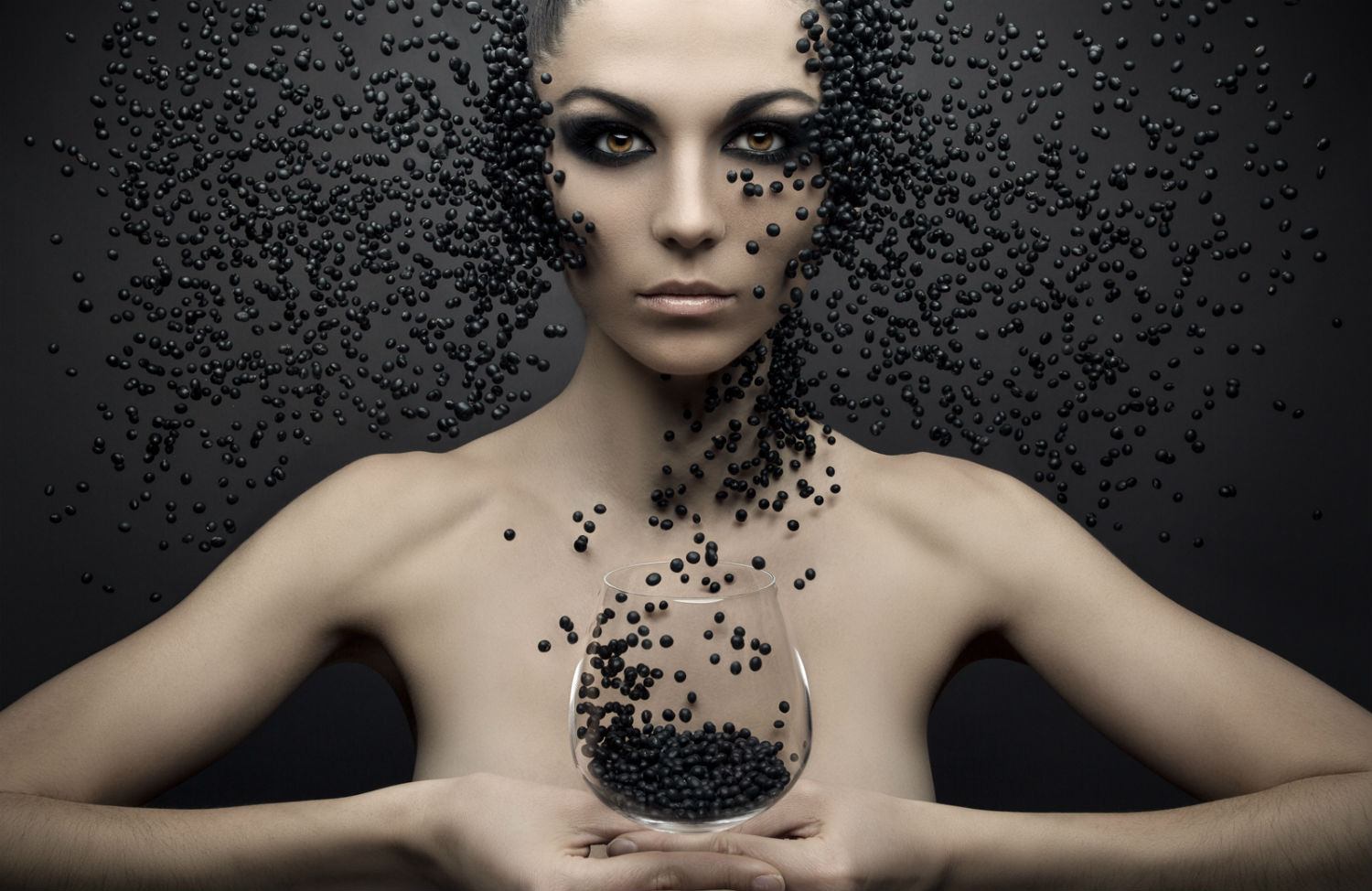 evgeni kolesnik photography surreal portraits ukraine model black beads