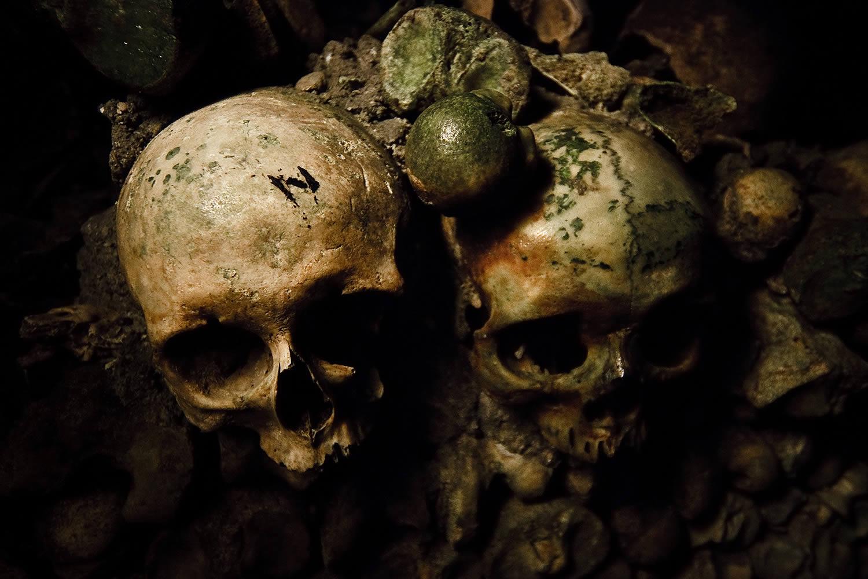 dark art, skulls, photo by Robert Kent