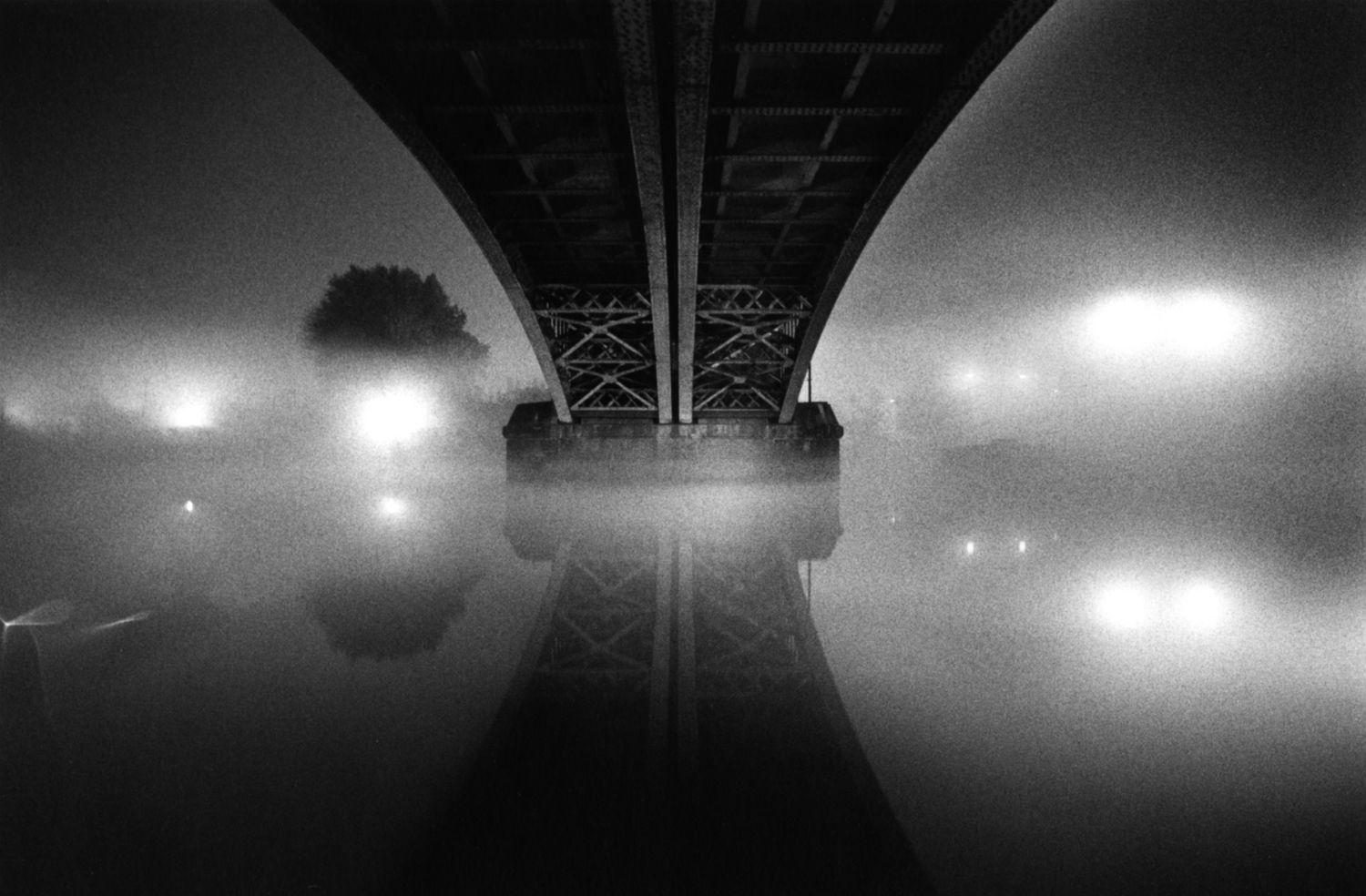michael kenna night photography thames bridge