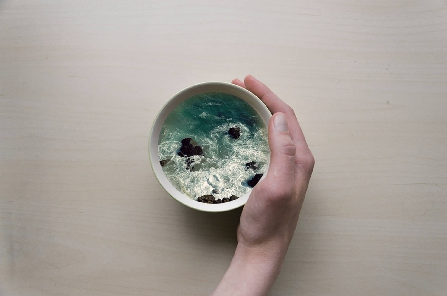 rocks and waves in a cup, manipulation