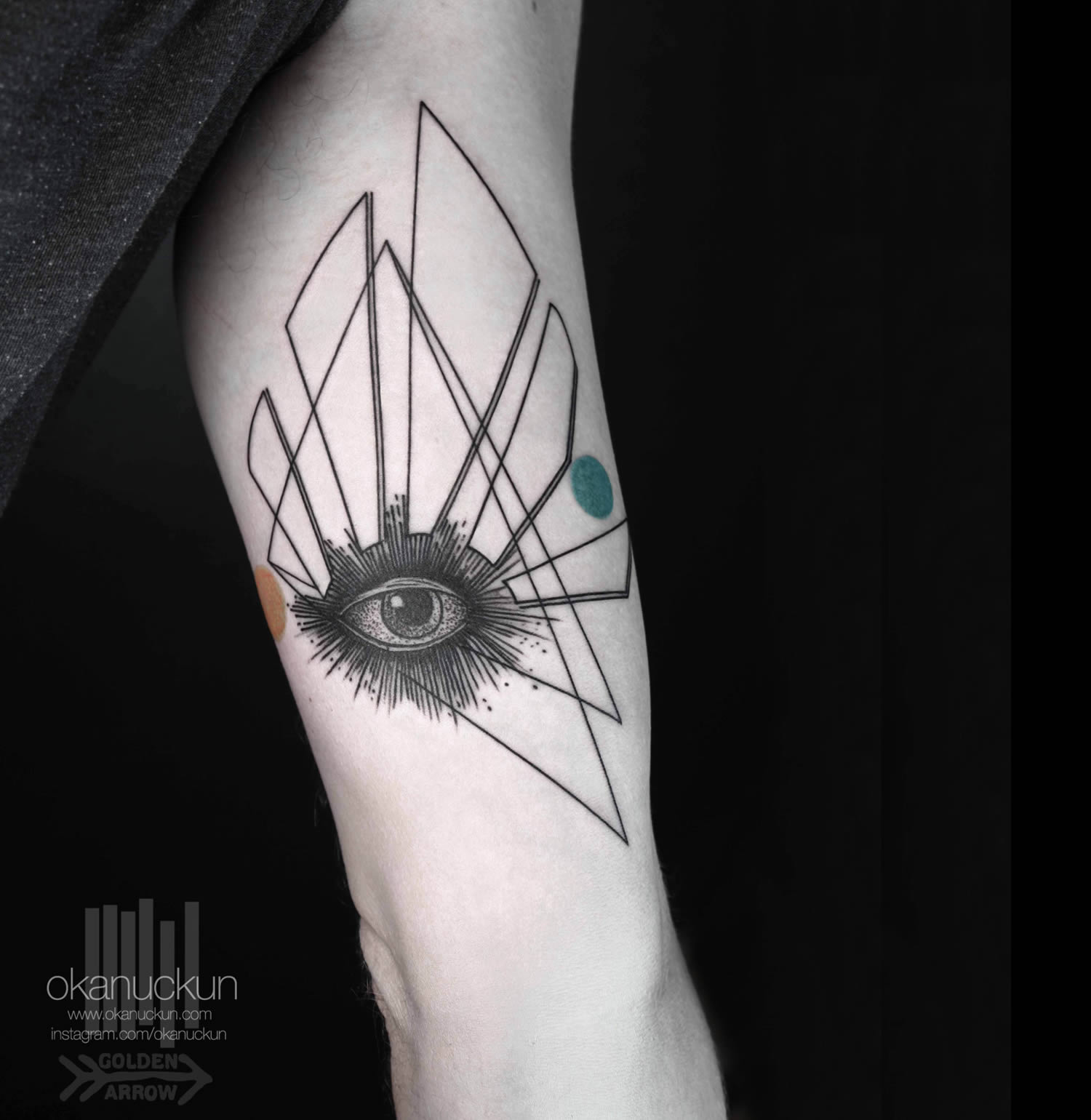 eye tattoo by okan uckan