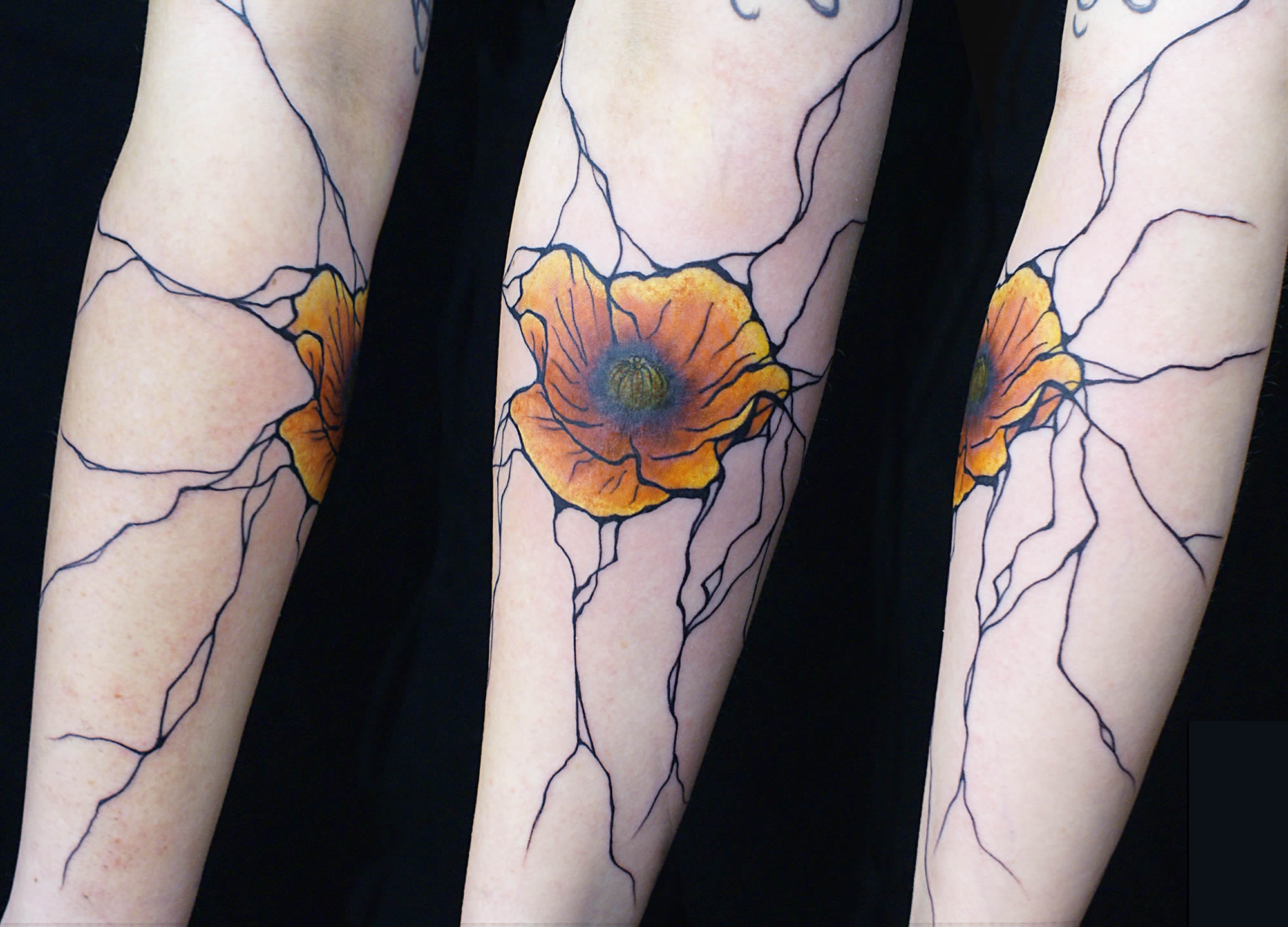 Free-Flowing Abstract Tattoos by Sanne Vaghi