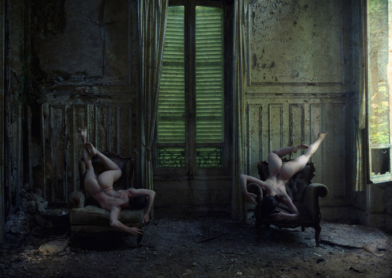 Jeremy Gibbs, Ayla in Decay, symmetrical nudes posed in abandoned buildiing