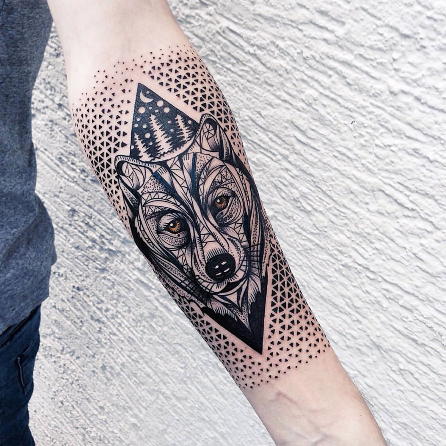 illustrative geometric bear tattoo