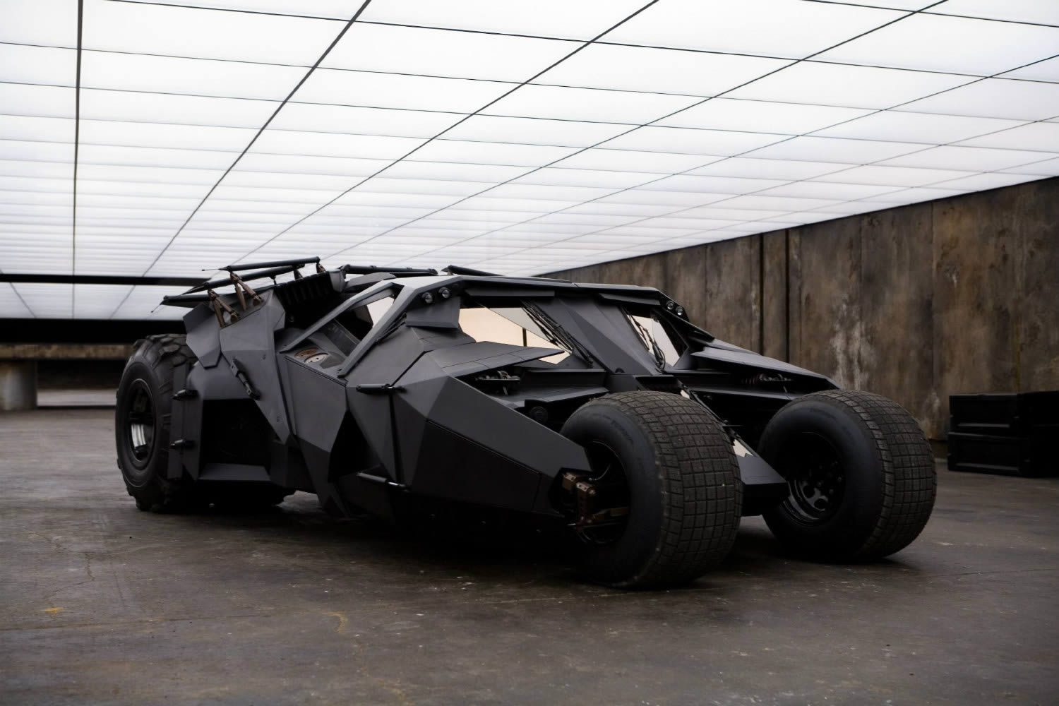 Batman Begins – The Tumbler
