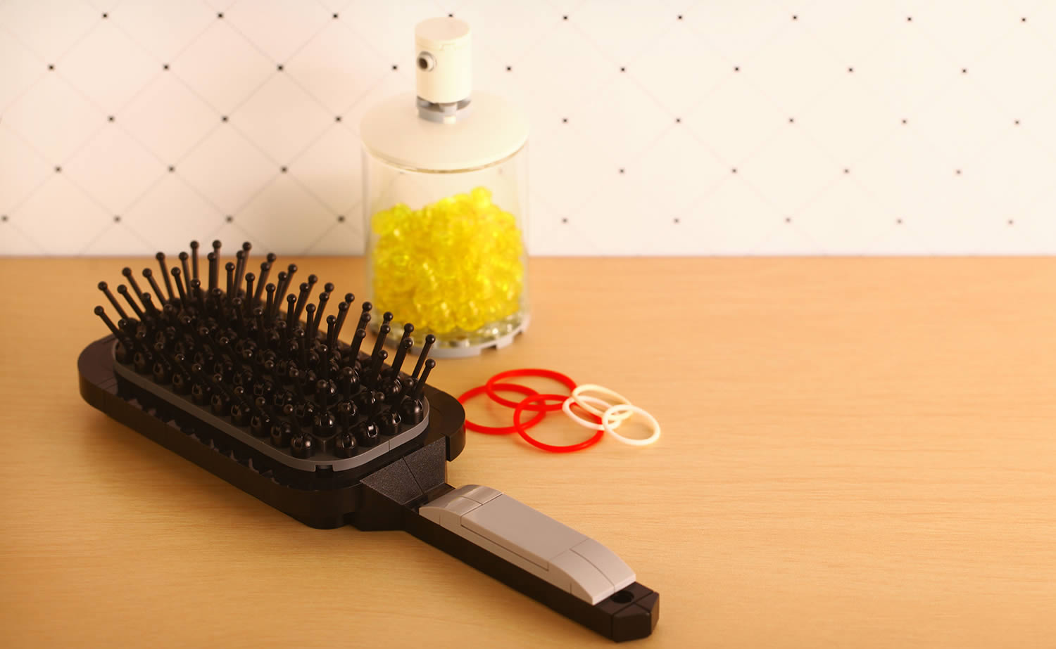 hair brush built in lego pieces