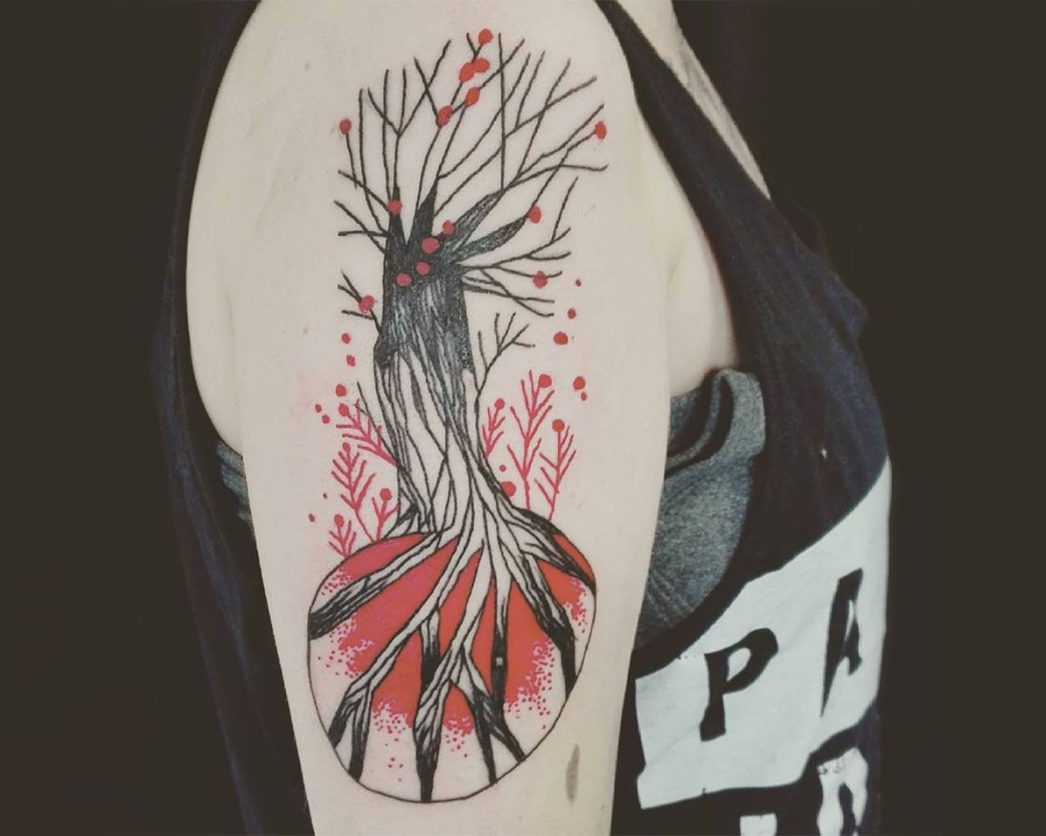 tree tattoo on arm, sketch style