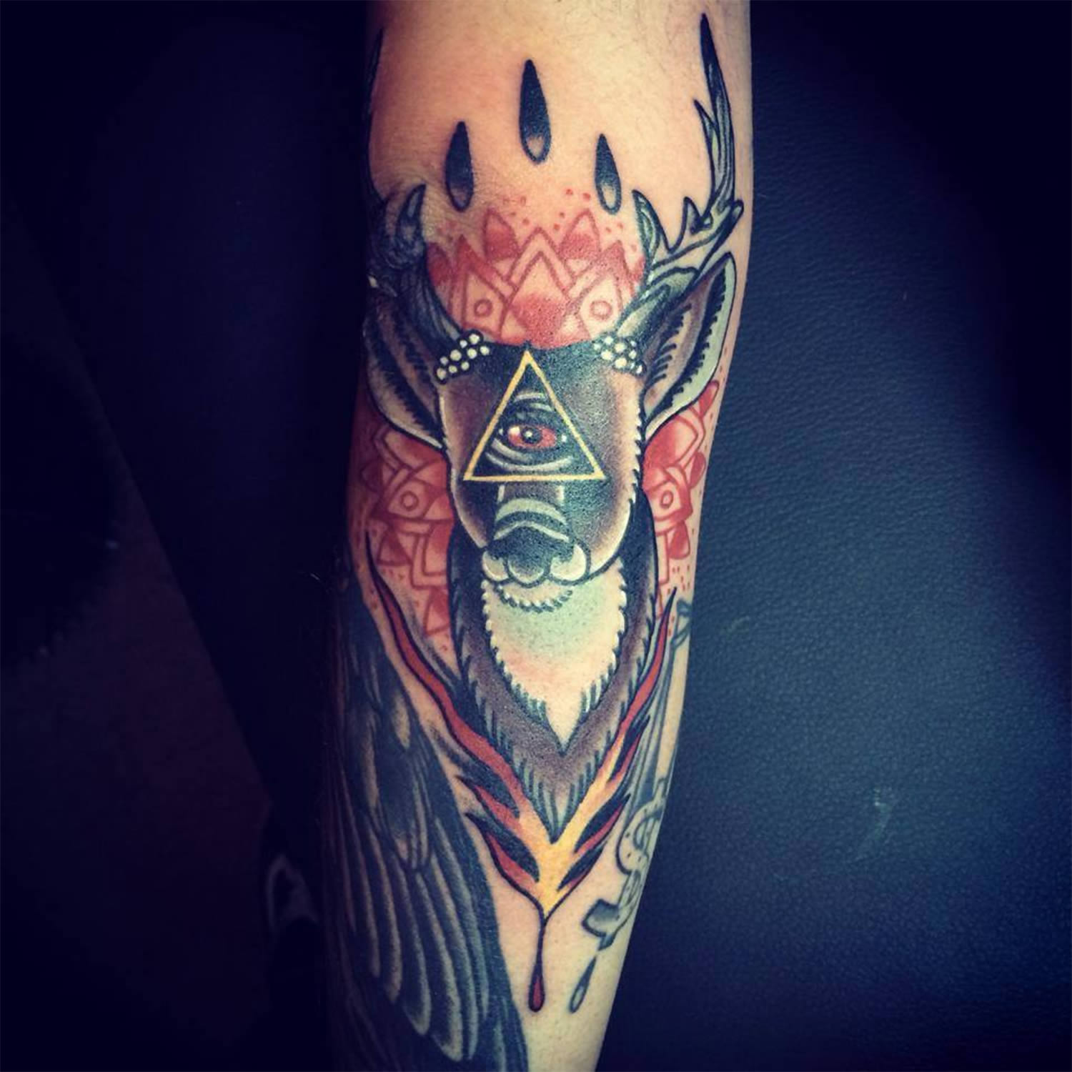 deer with eye of providence Miguel Lepage at Tatouage Saving Grace