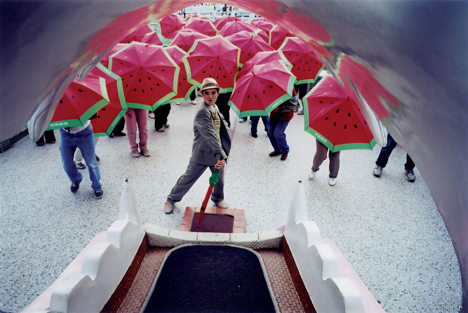 watermelon umbrellas, musical, The Wayward Cloud (Tian bian yi duo yun)