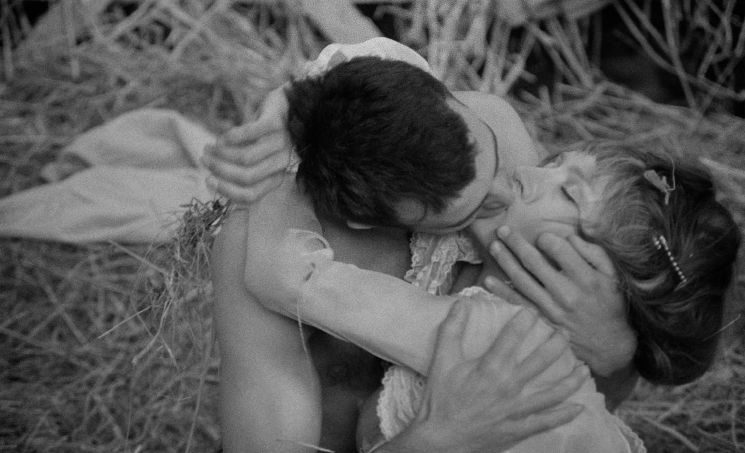 romantic kiss, Goto, Isle of Love (1969)