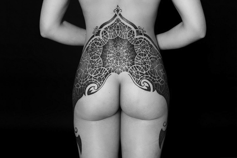 tattoo on back, dots by Yaroslav Gorbunov