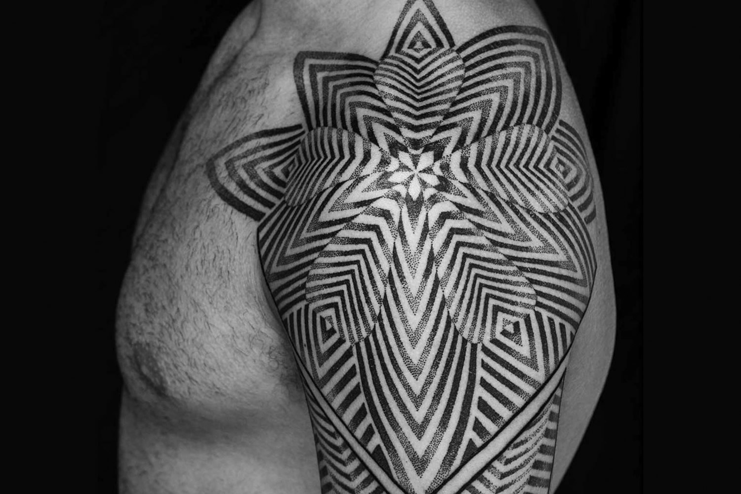 optical illusion, motion illusion tattoo by Lewis Ink