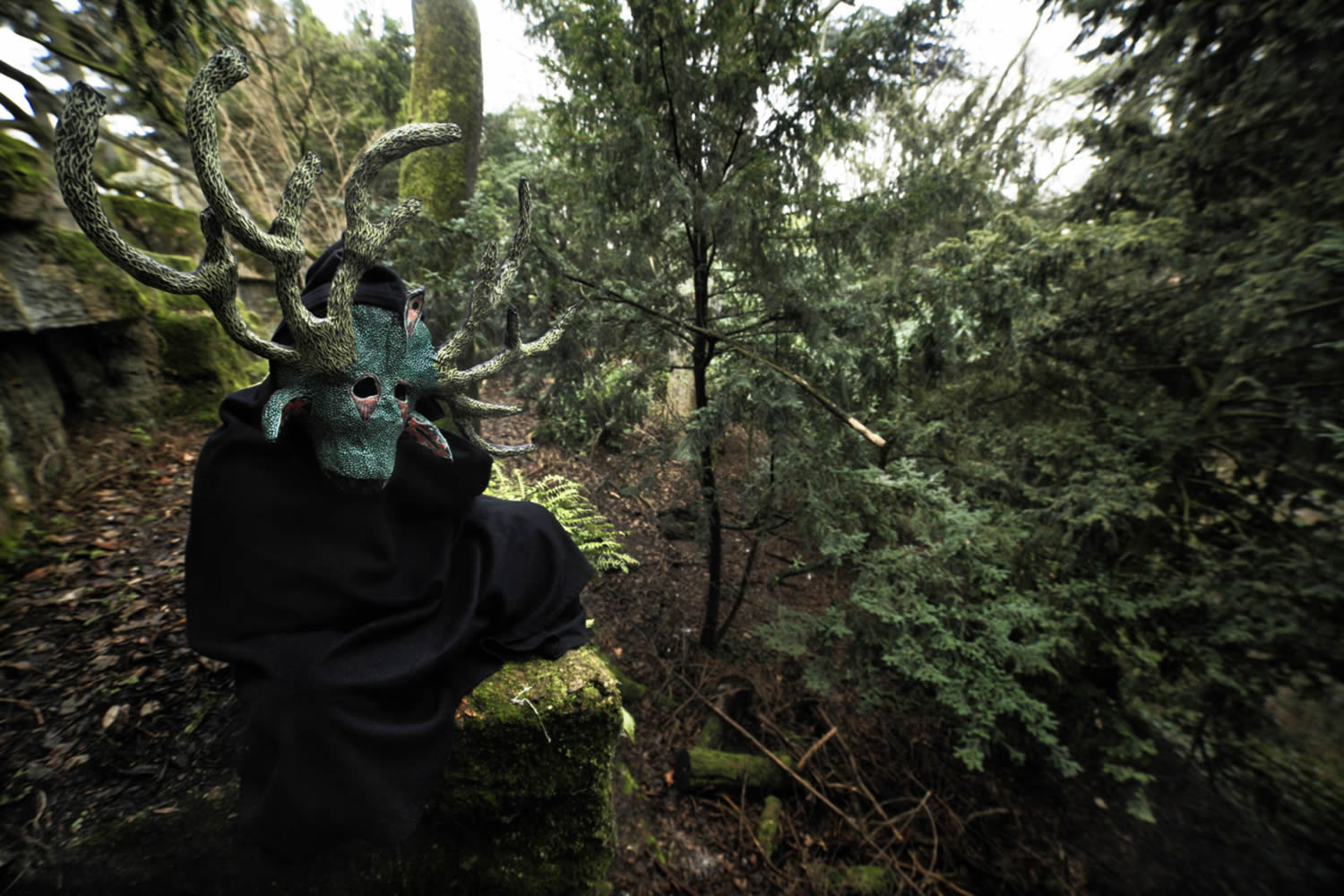 green mask with horns, by Leonard Condemine