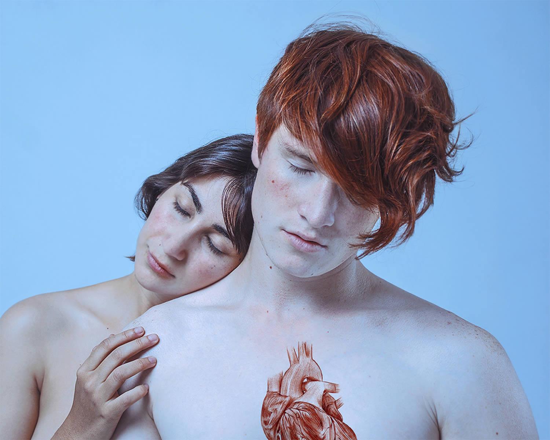 heart drawn on chest, Rojas H. and David Pérez