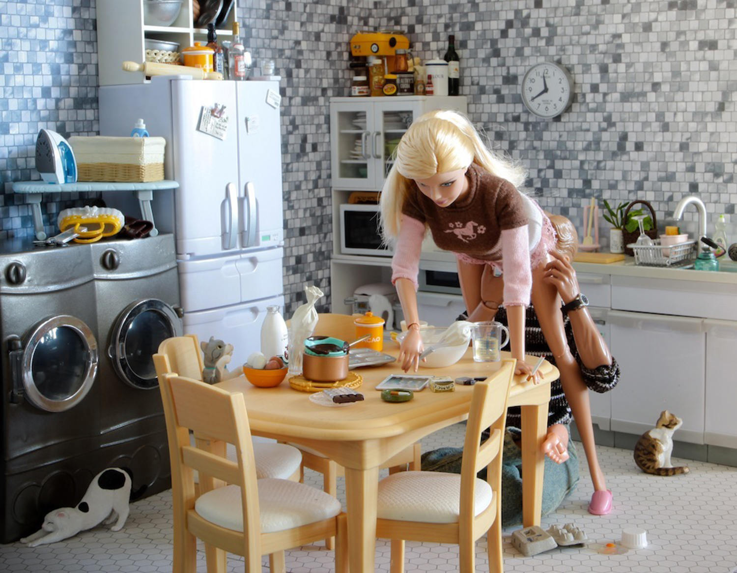 Mariel Clayton - erotic dolls in kitchen