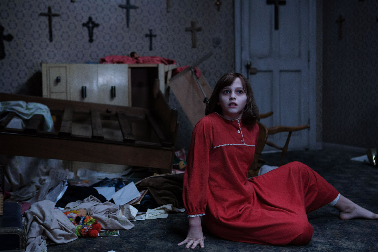 girl in red pijamas in the conjuring 2 movie