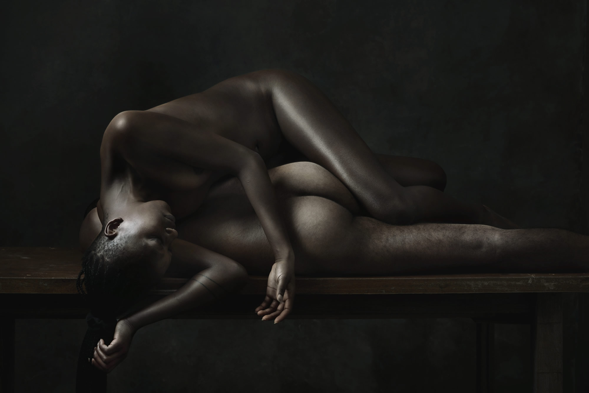 Stark Nude Tableaux Inhabit Olivier Valsecchi's Newest Photos