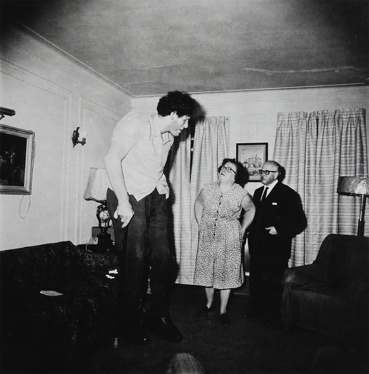 diane arbus, A Jewish Giant at Home with His Parents, in the Bronx, N.Y., 1970