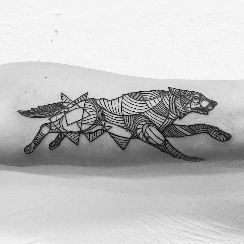 wolf line art, tattoo