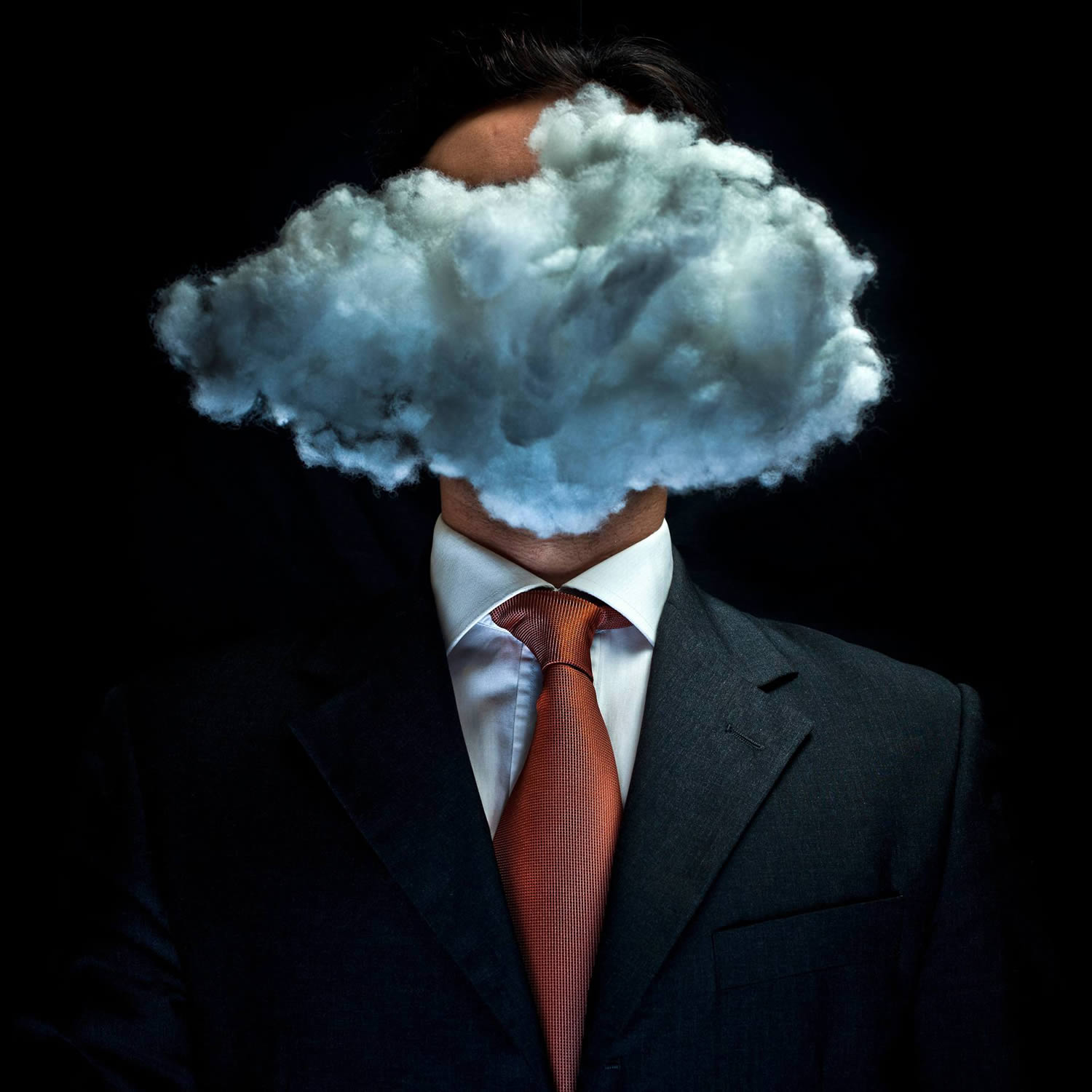 The cloud by Luca Pierro, inspired by Magritte, the son of man