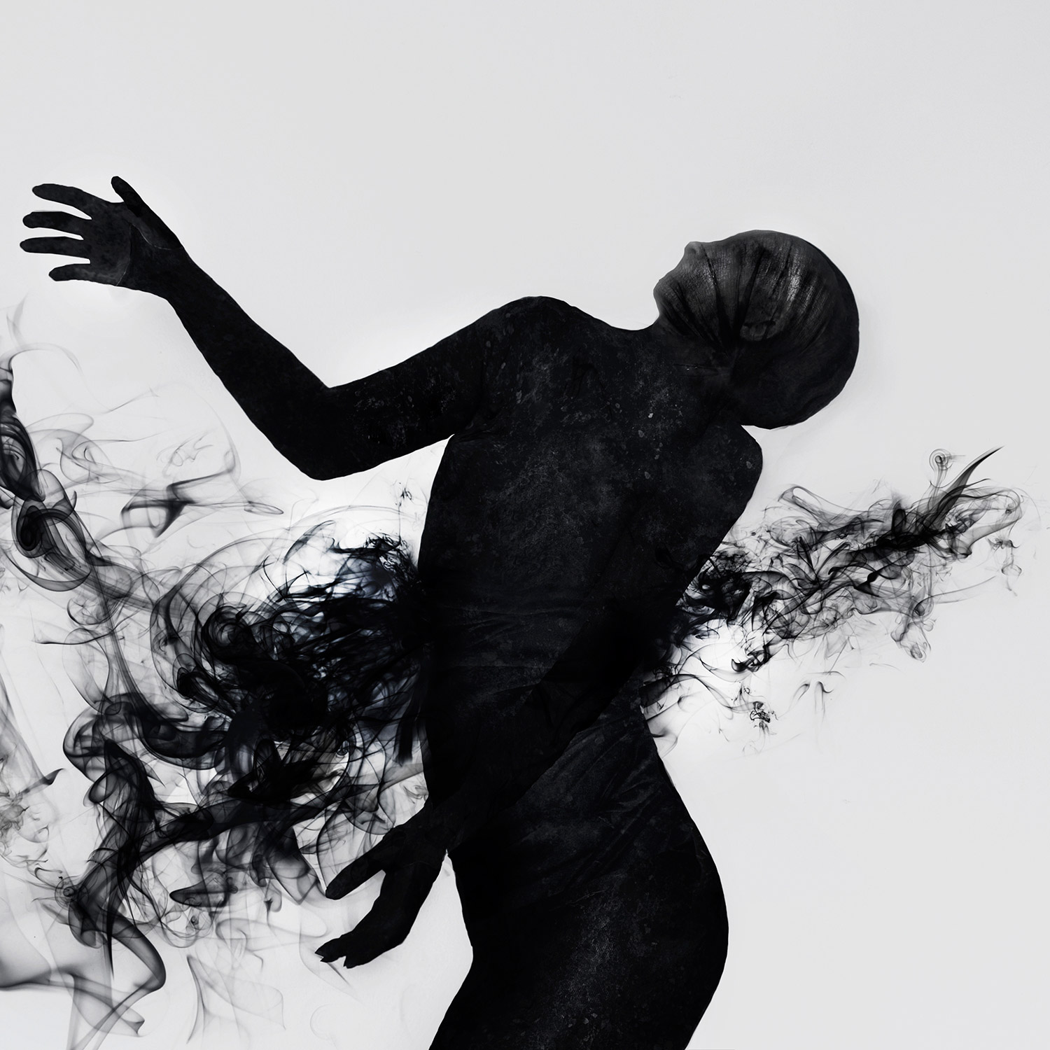 Valeria Chorozidi - black figure with smoke