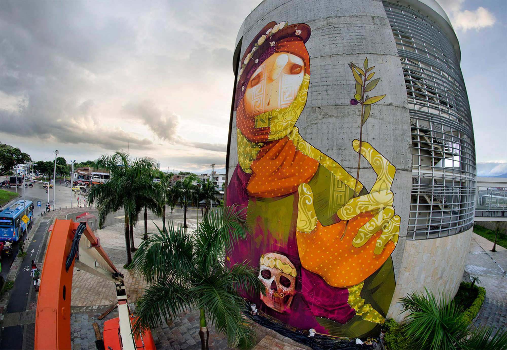 Chilean Street Art Around the World: Colossal Murals by INTI