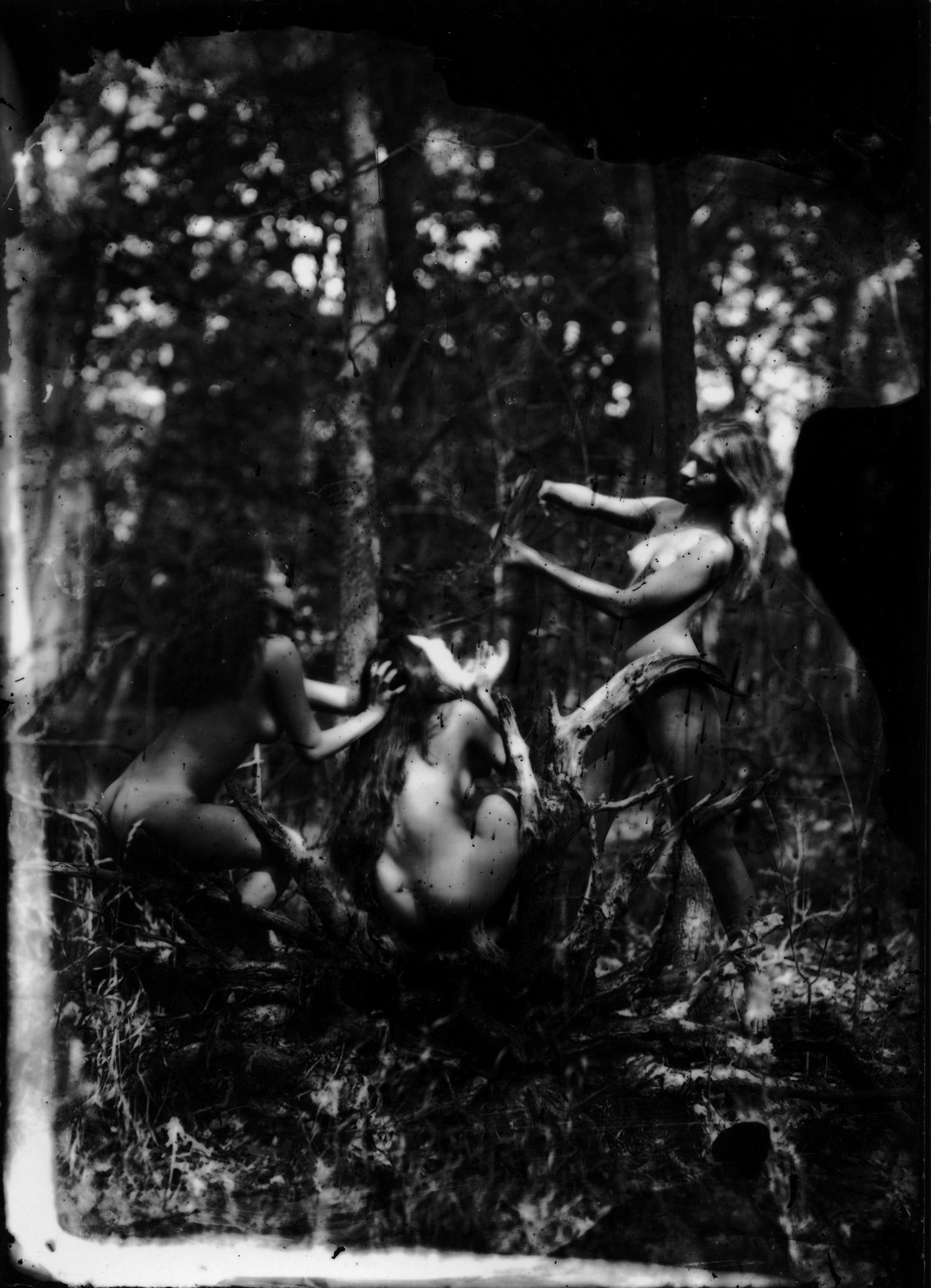 Rik Garrett, Earth Magic - three women