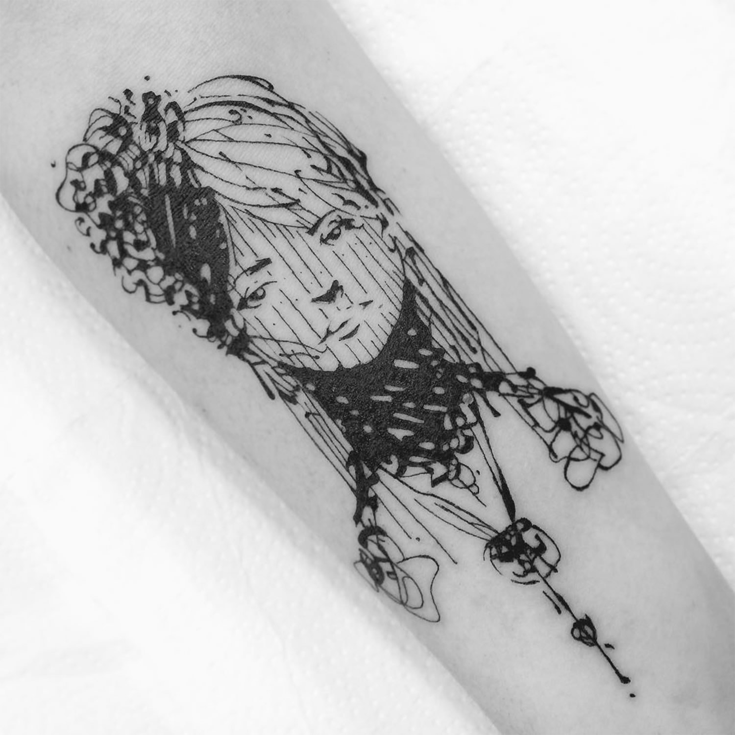 erratic line tattoo portrait by guga scharf