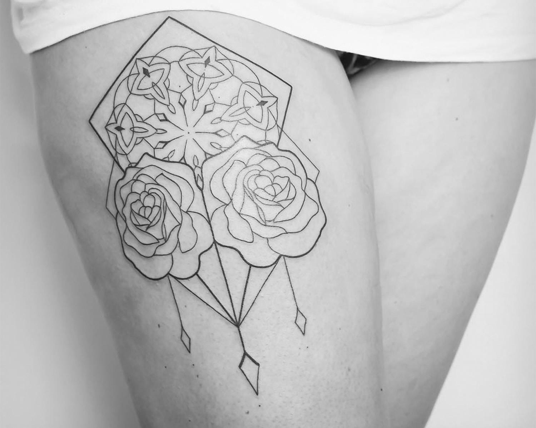 Floral dream catcher tattoo by Melina Wendlandt