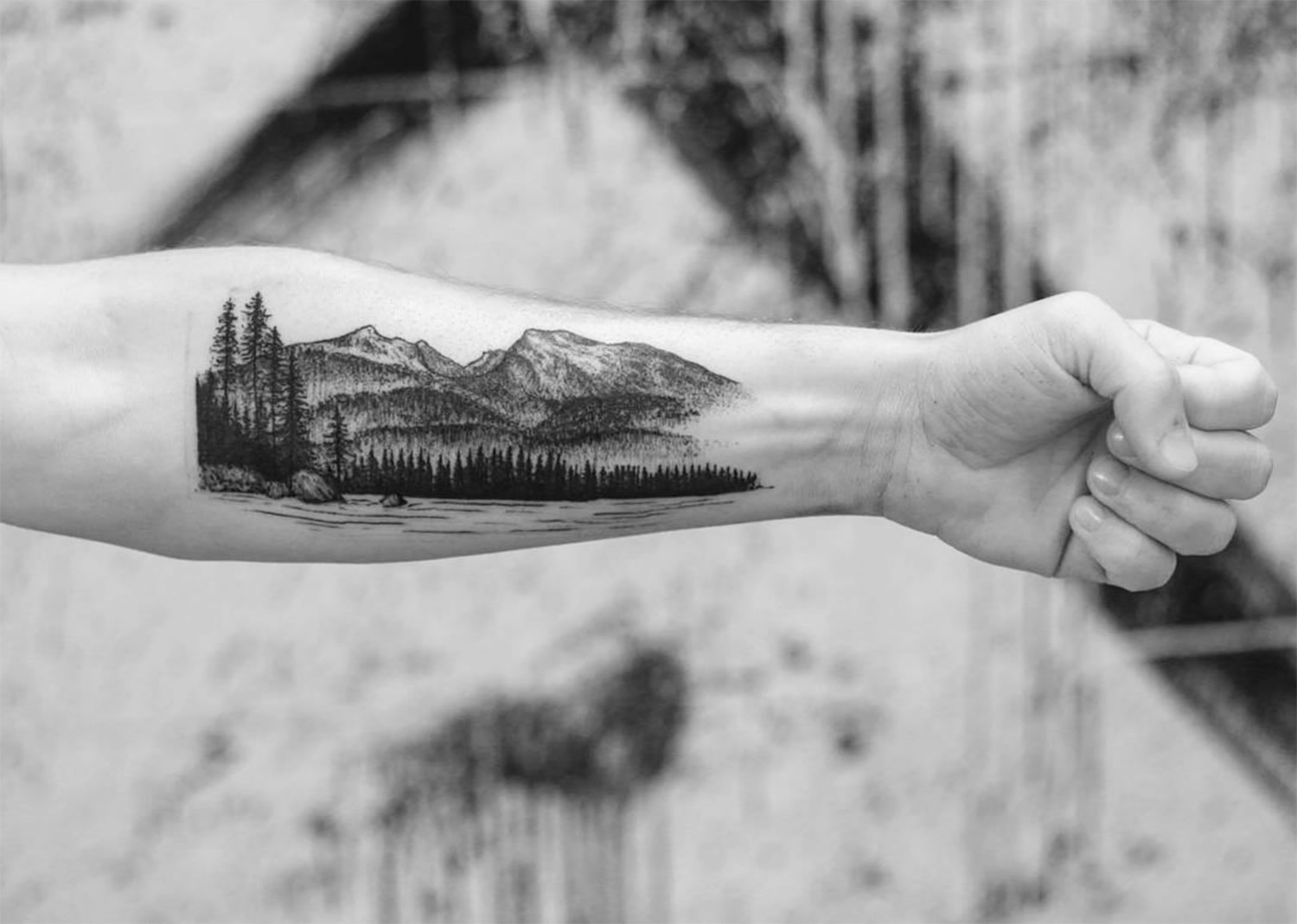 mountains on arm by Marian Merl