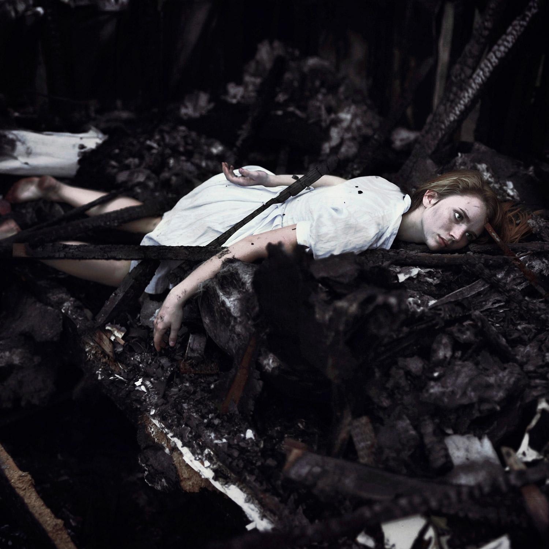 Masha Sardari - Gray Abandonment