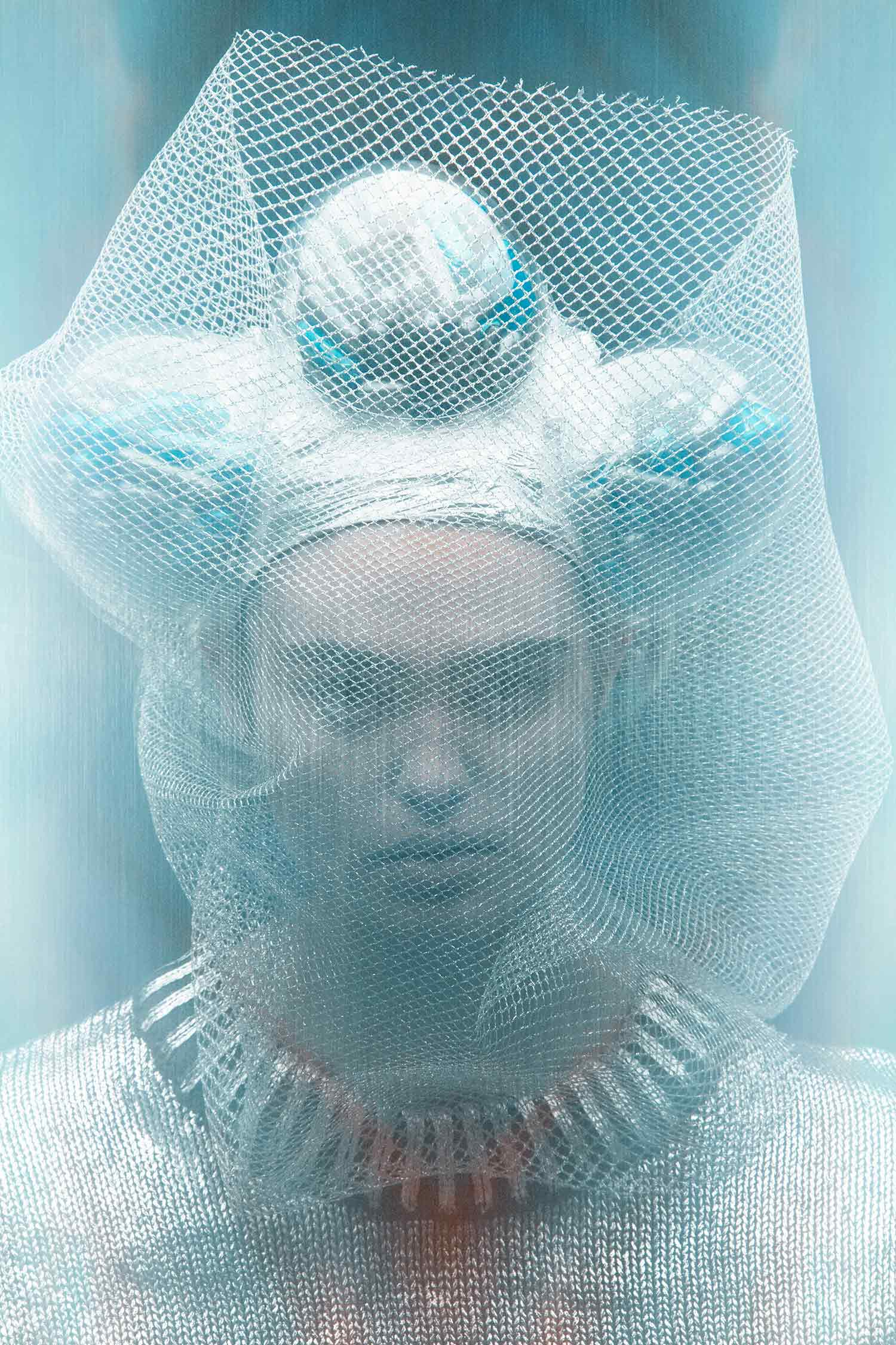 TOMAAS, Modern Addictions - headdress