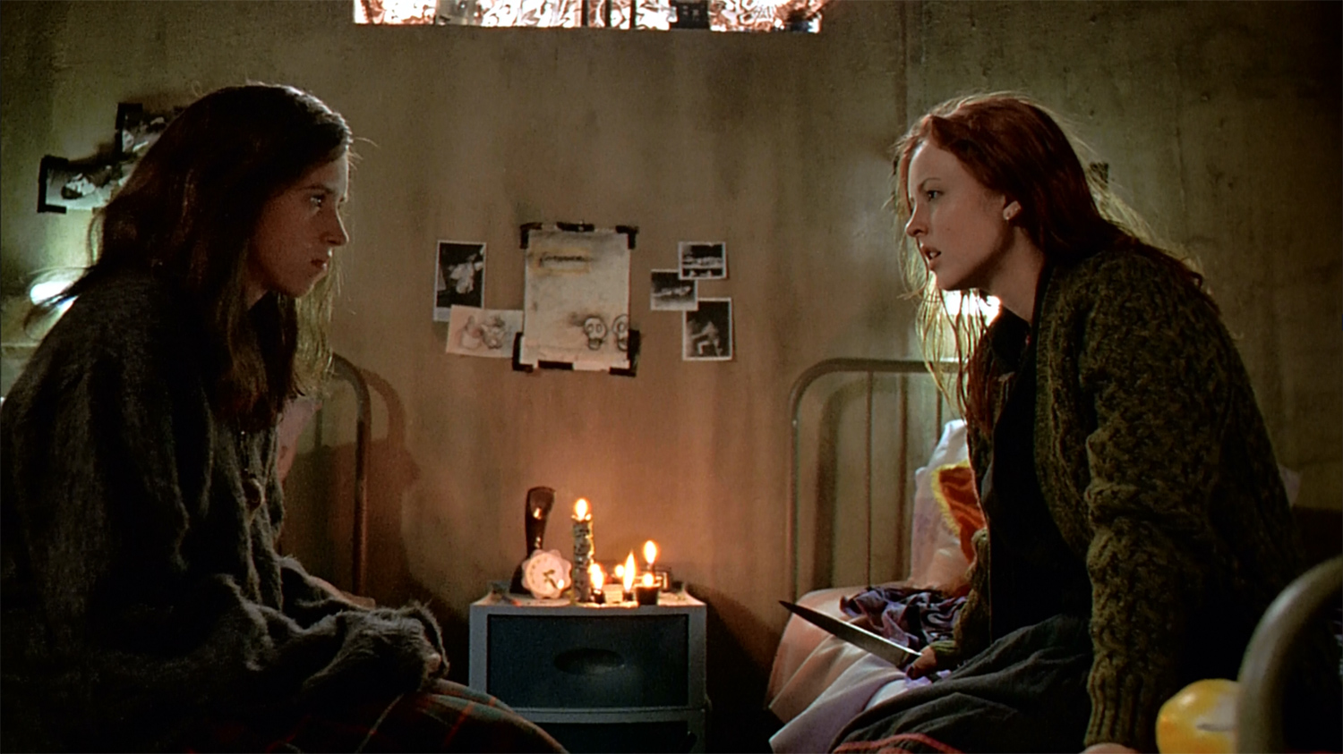 Canadian Horror Films - Ginger Snaps, sisters pact