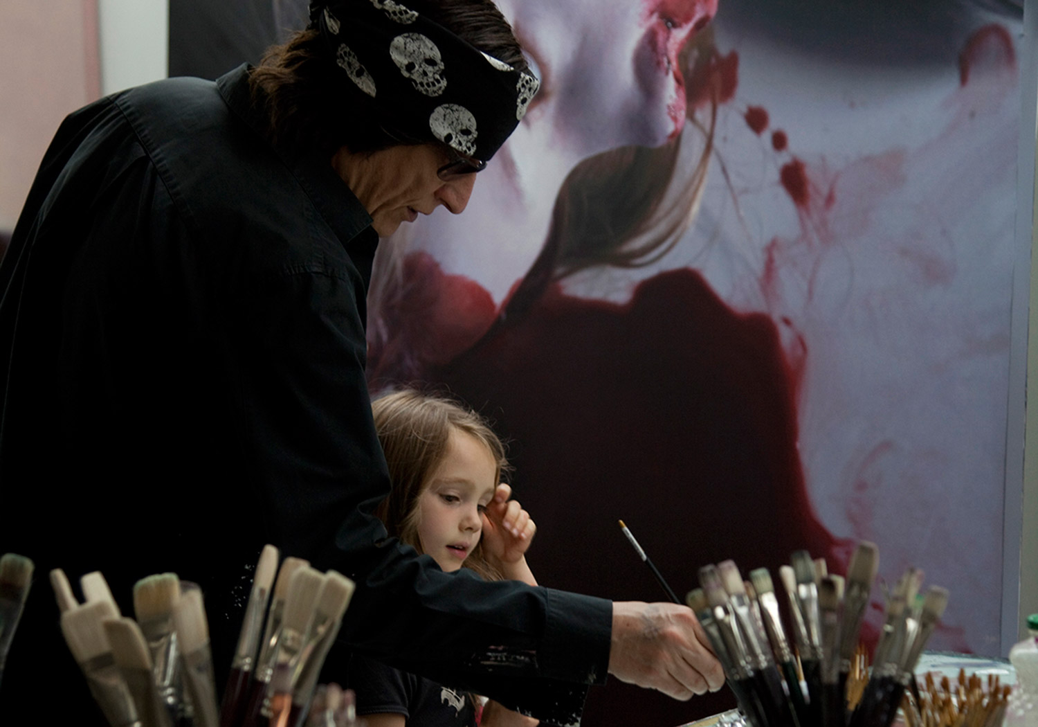 Gottfried Helnwein - In studio with The Murmur of the Innocents
