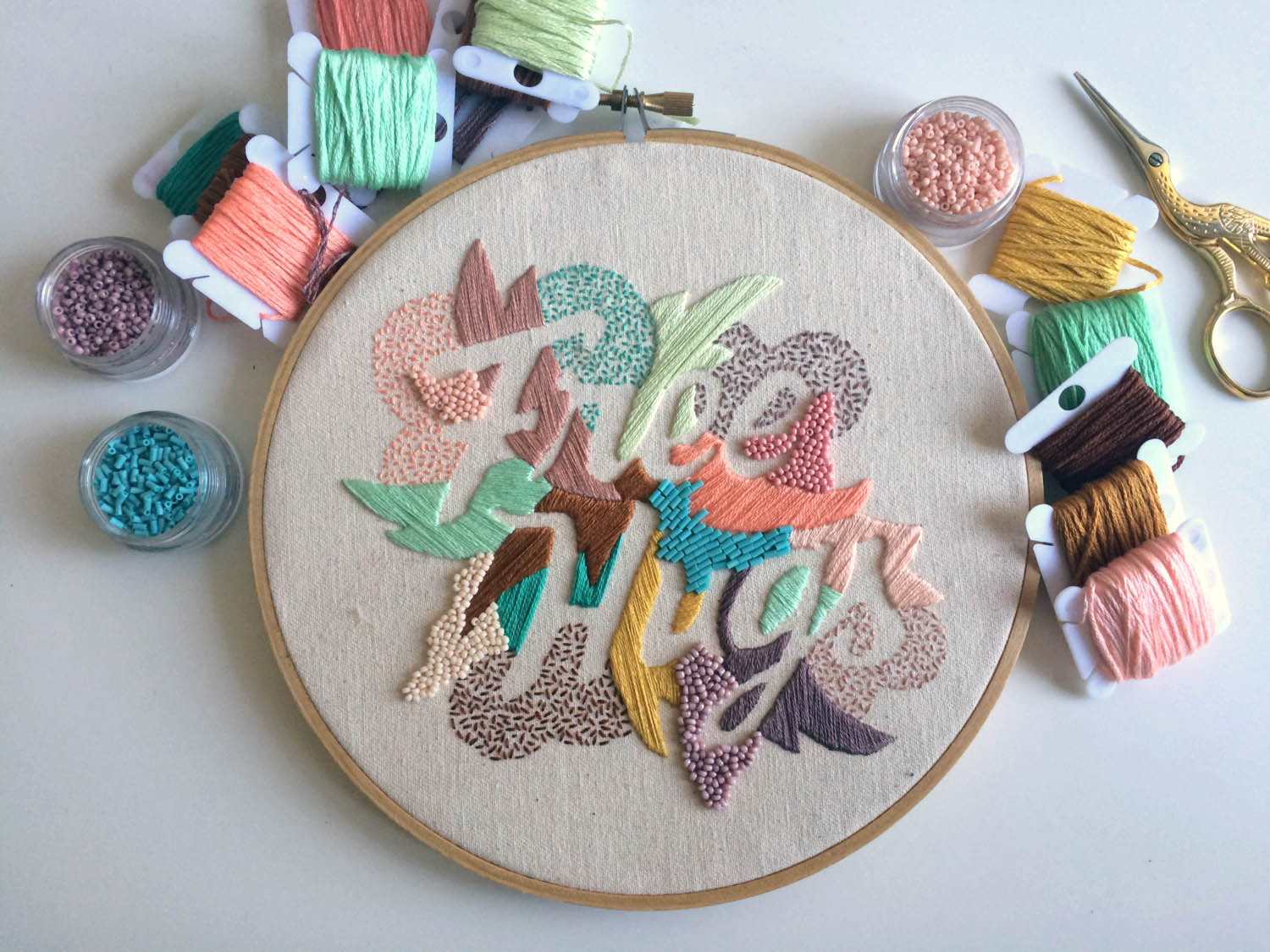 Embroidered typography by Valeria Molinari