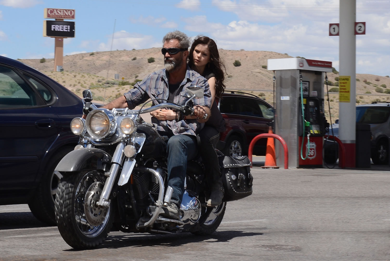 mel gilbson on bike, blood father