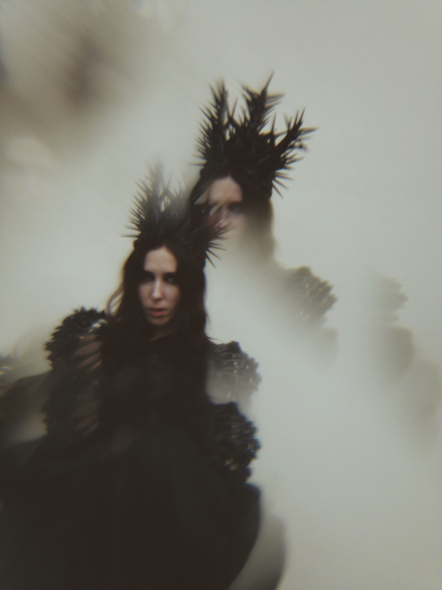 Nona Limmen - crowned woman