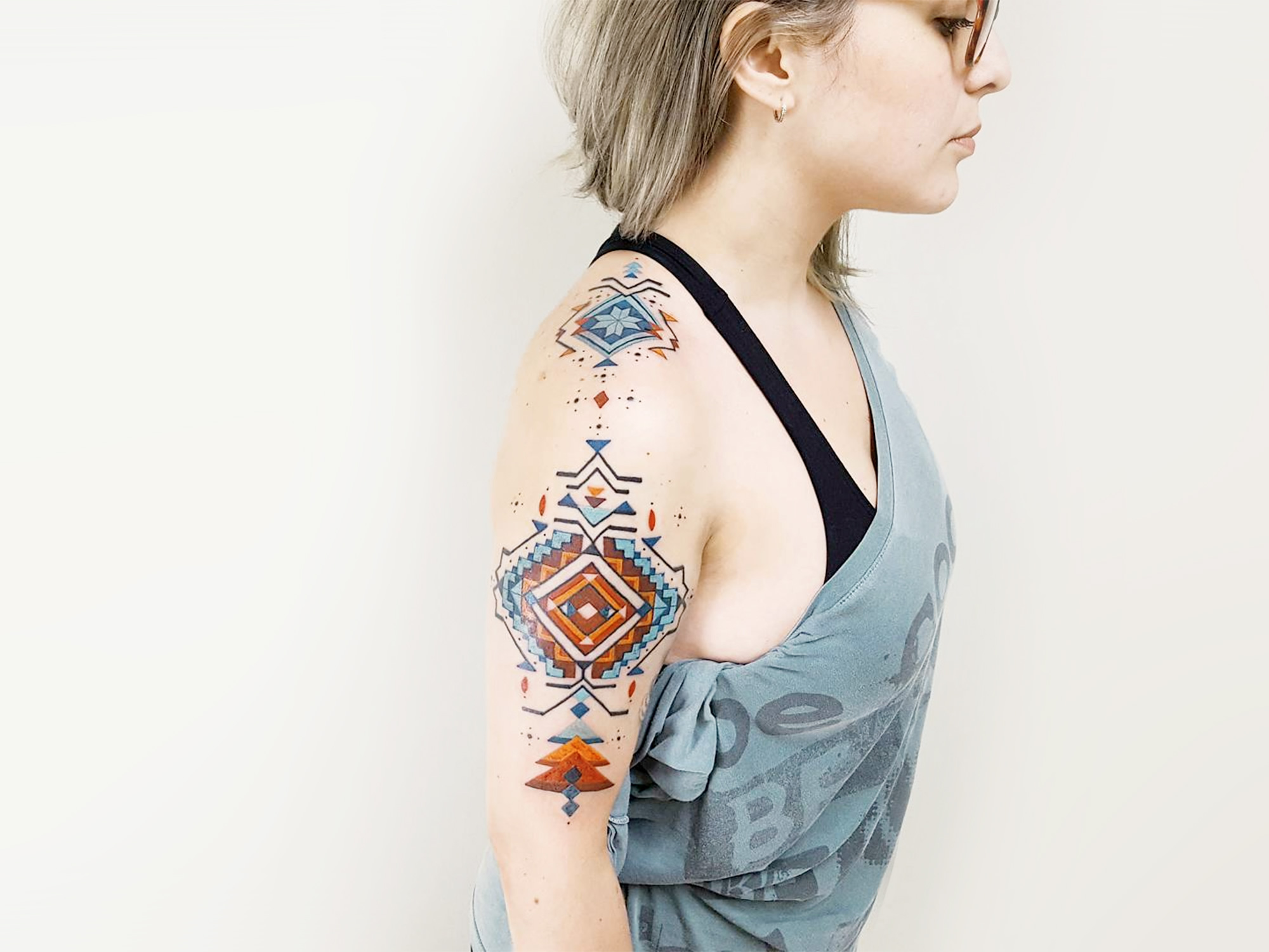 Brian Gomes: Tattoos Inspired by Amazonian Tribes