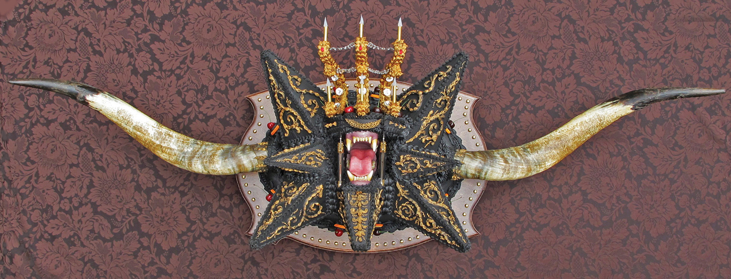 Scott Hove, Cake Fangs - altar cake front view
