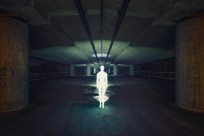 Severin Ettlin, HOMOLUX - illuminated body underground